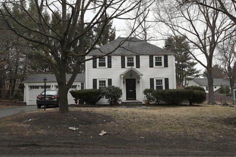 Harvard coach fired over sale of home to prospect's father