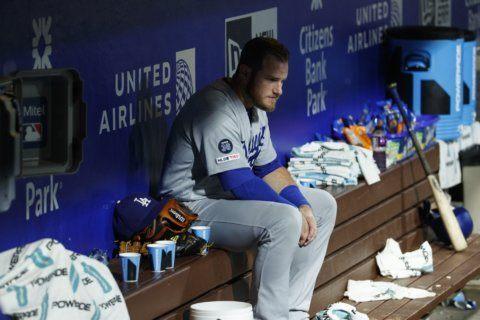 Harper's 2-run double in 9th rallies Phillies past Dodgers