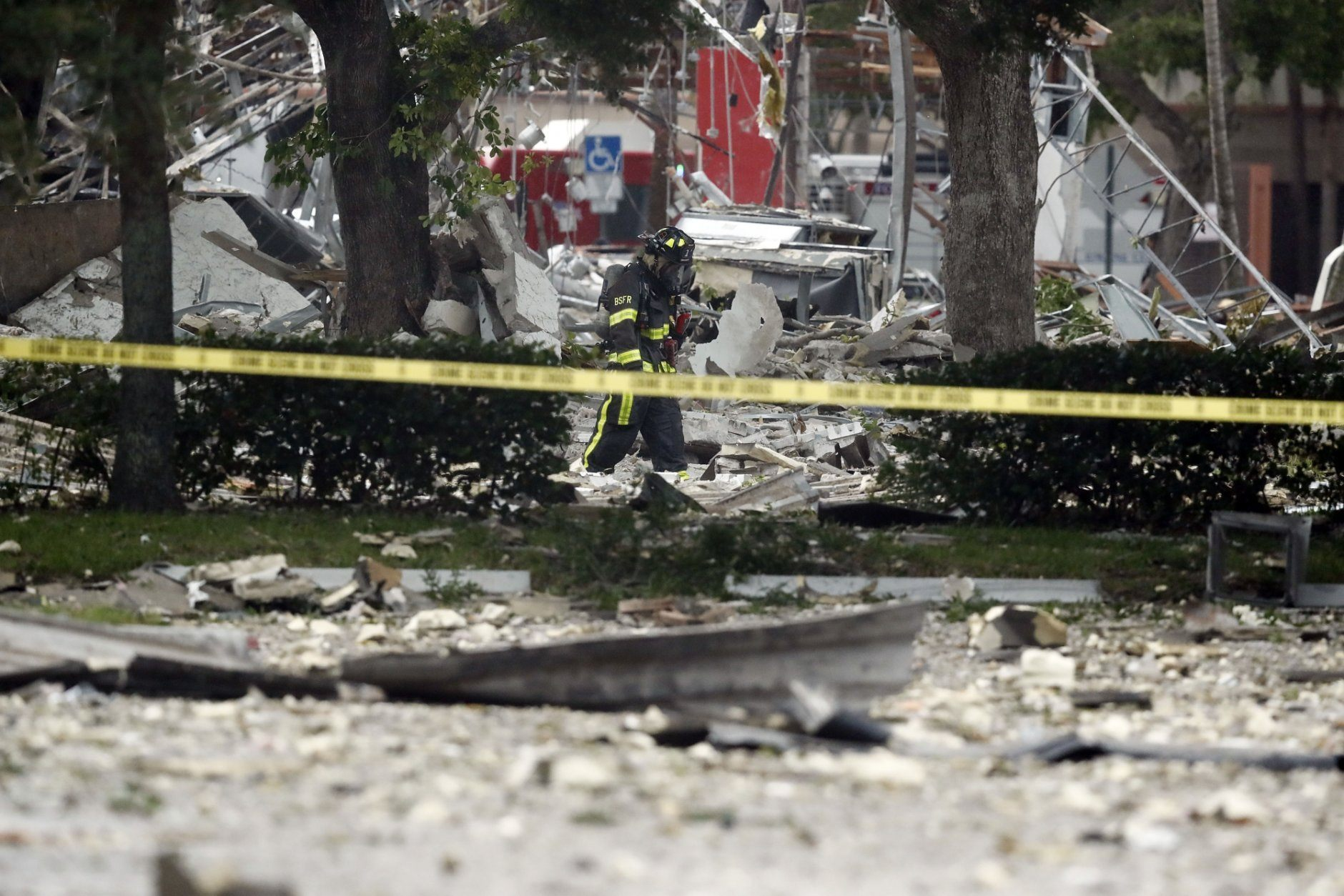 21 Hurt In Shopping Plaza Blast Gas Lines Found Ruptured Wtop