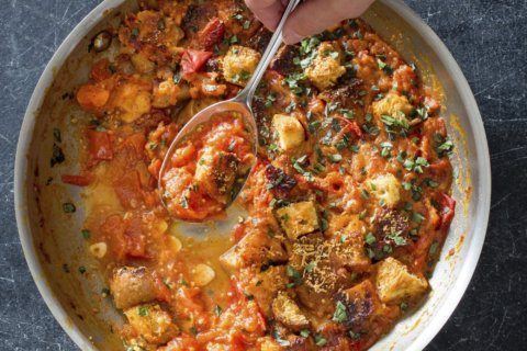 A summer tomato gratin with bright flavor and no mush
