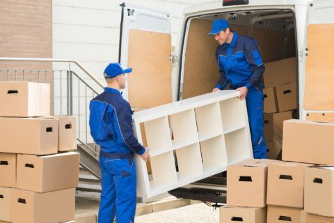 Advice on how to save money when hiring a moving company