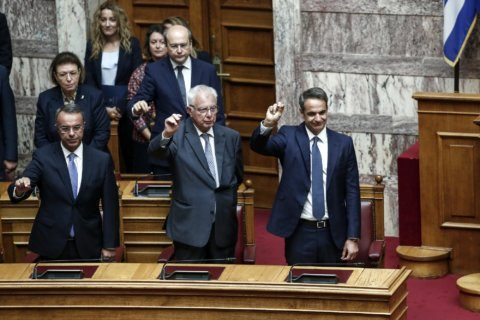 Greece: Creditors meet new government, discuss tax reform