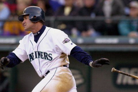Martinez prepares for Cooperstown moment just like career