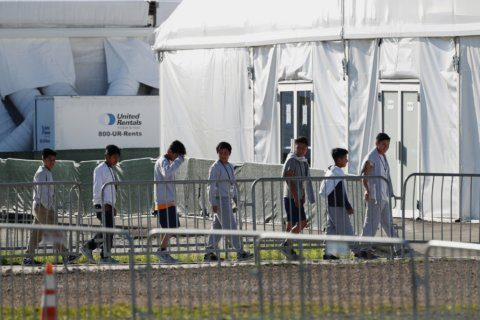 US agency defends DC shelter for unaccompanied migrant kids
