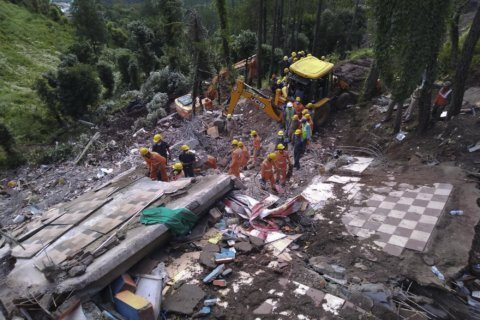 Building collapse kills 12 in India after monsoon rains