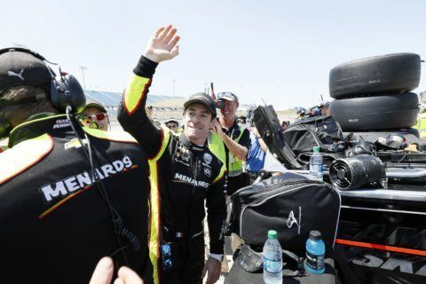 Pagenaud wins 2nd straight pole at Iowa