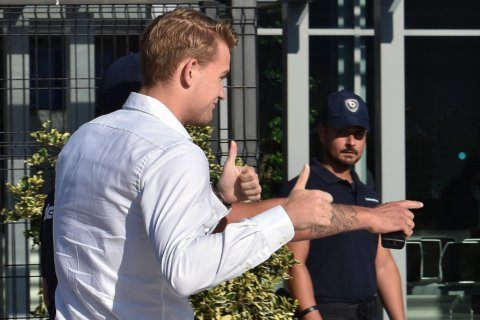 De Ligt completes 75 million euro transfer to Juventus