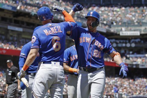 Alonso, Mets power up to pound Giants 11-4