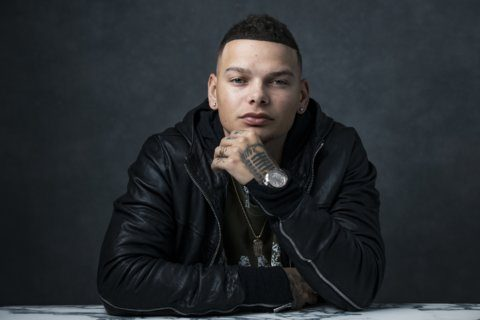 Kane Brown dedicates song 'Homesick' to military families
