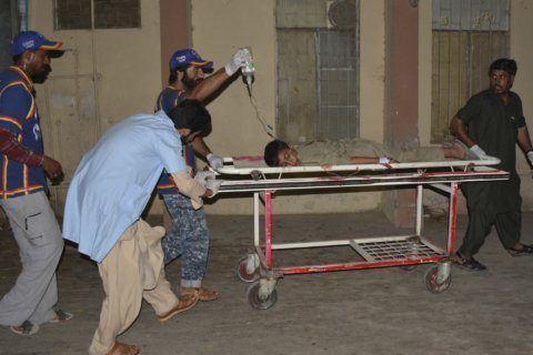 Market bombing in Pakistan kills 2, wounds 29