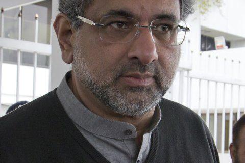 Pakistan arrests ex-prime minister on corruption allegations