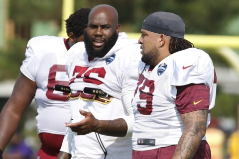 Penn calls good friend Williams before signing with the Redskins