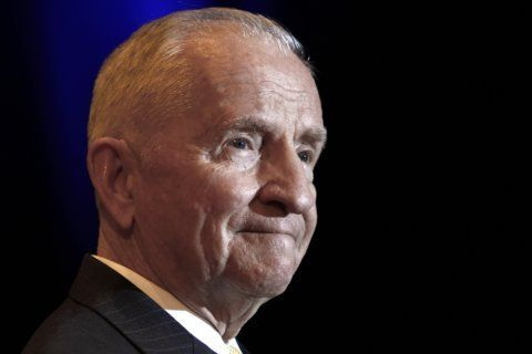 H. Ross Perot's devotion to family, friends remembered
