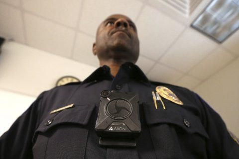 Federal police officers to wear body cameras — in certain circumstances