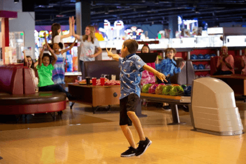 Round1 brings billiards, bowling, arcade games to Potomac Mills