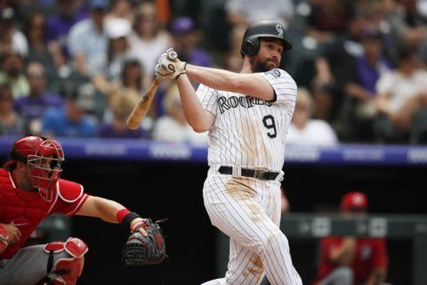 McMahon leads offensive show, Rockies beat Reds 10-9