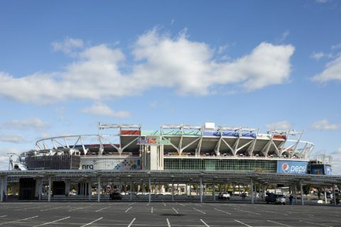 Redskins near crossroads for new home to replace FedEx Field