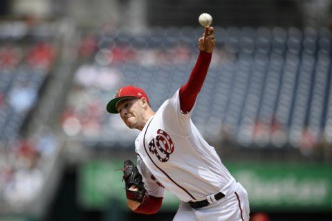 Nationals use 3-run eighth to beat Royals 5-2 and win series