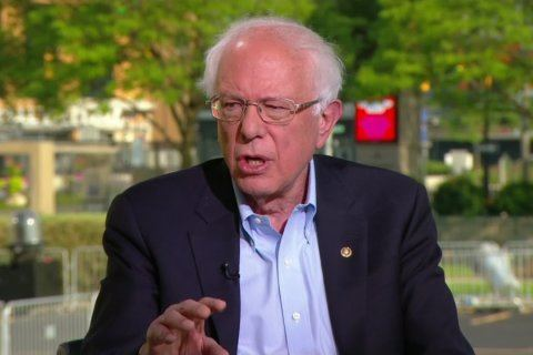 Bernie Sanders leads caravan into Canada to purchase cheaper insulin with American prices rising