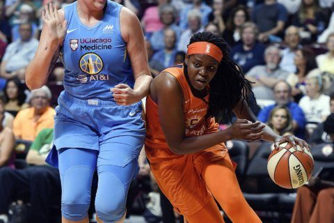 Jones leads Sun past Sky 100-94 for 5th straight win
