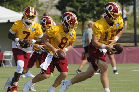 Despite competing for job, Redskins QBs learning from each other