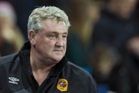 Newcastle hires Steve Bruce as coach to replace Benitez