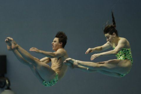 China wins men's 10-meter platform title