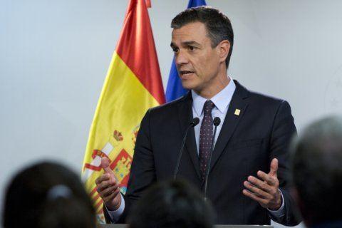 Spain's Socialists, far-left party move closer to govt deal