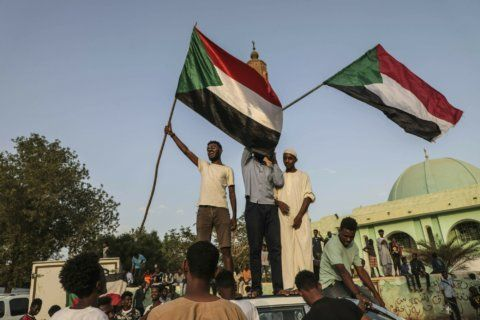 Sudanese military, protesters sign power-sharing document