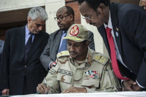 Sudanese opposition seeks postponement in deal with military