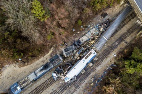 Deadly 2018 Amtrak crash caused by safety oversights, delays
