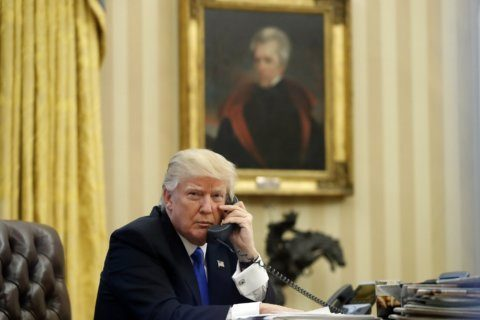 Anatomy of a presidential phone call