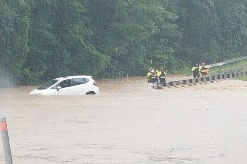 Flooding rainfall leaves a mark on DC-area roadways
