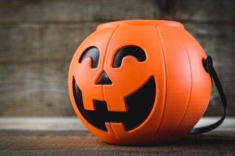 Thousands sign petition to move the date of Halloween