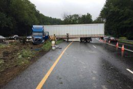 The tractor-trailer on the Inner Loop of the Capital Beltway near Old Georgtown Road and Md. 355 was not hauling anything hazardous.  (Courtesy Montgomery County Fire/Pete Piringer)