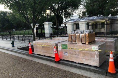 Higher, stronger: Construction of new White House fence begins