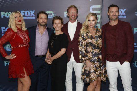 Column: 'Beverly Hills 90210' reboot inspires memories, expectations