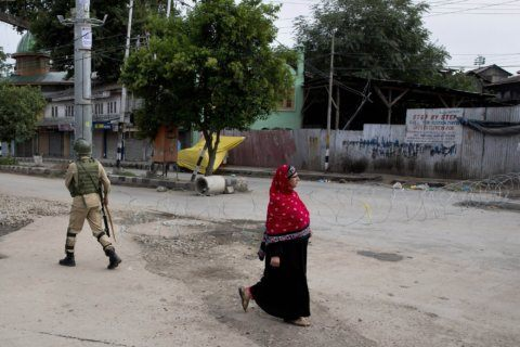 Pakistan decries cross-border fire as Kashmir security eases