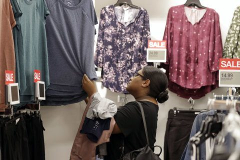 Kohl's turns to Facebook to help it bring digital brands to stores