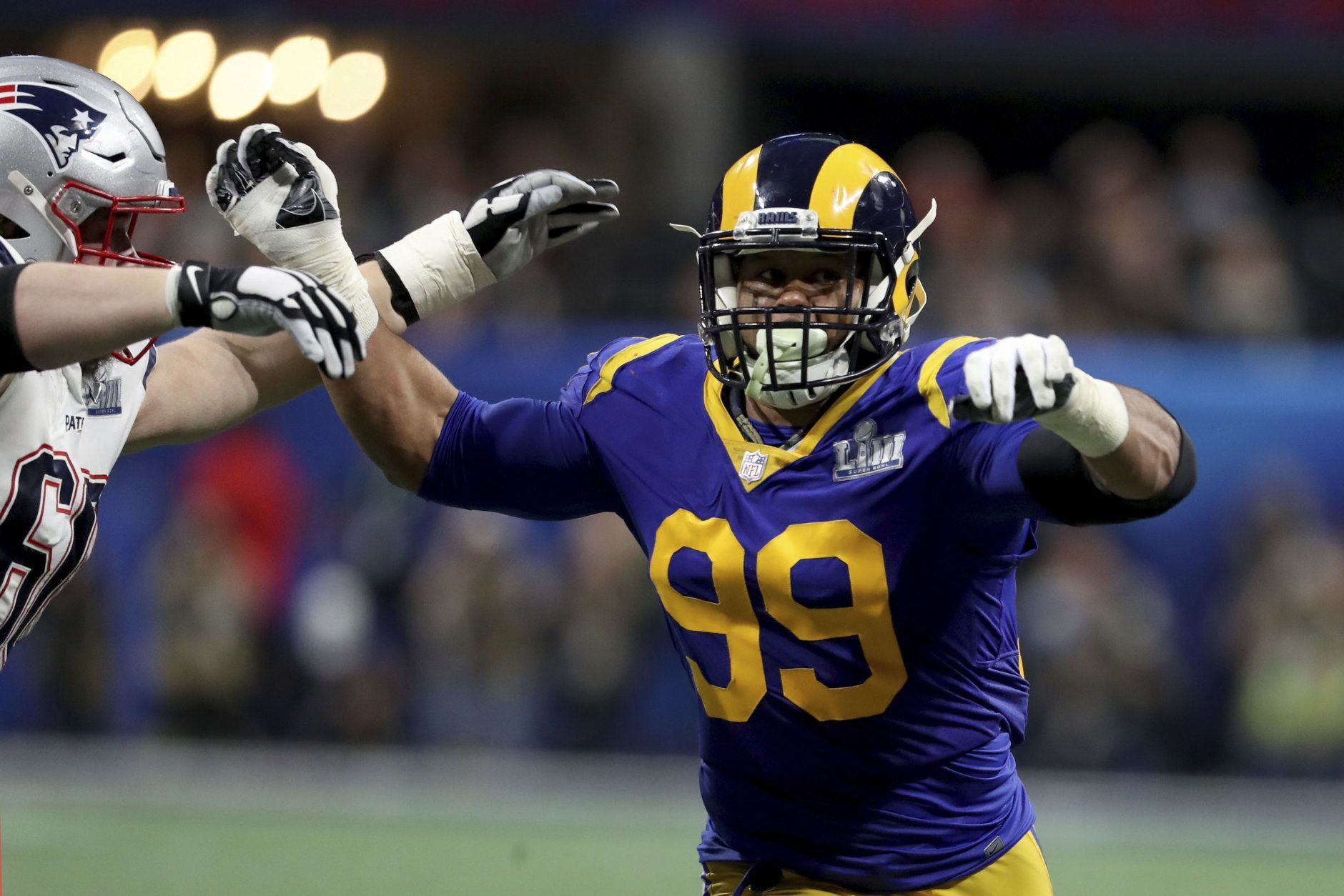 <p><strong>Defensive Player of the Year: </strong></p> <p>Aaron Donald &#8211; L.A. Rams</p>