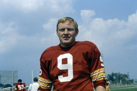 Washington football legend Sonny Jurgensen leaving the broadcast booth
