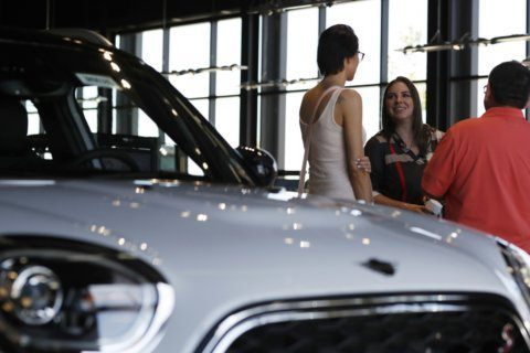 Edmunds: 5 tips for lowering your car payment
