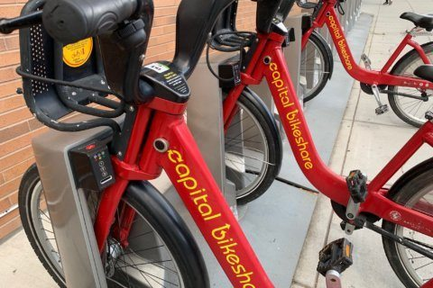 New electric Capital Bikeshare bikes may be semi-dockless