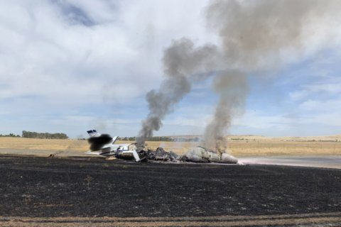Jet catches fire in Northern California; 10 aboard unhurt