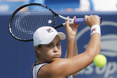 Naomi Osaka's knee injury lends uncertainty to US Open