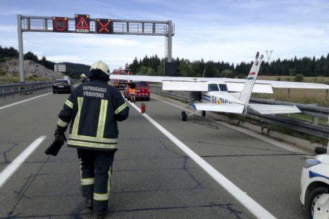 Small plane makes emergency highway landing in Croatia