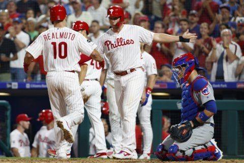 Hittin' season: Harper, Phils pound Cubs in Manuel's return