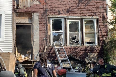 DC: Row house in fatal fire wasn't approved for rent