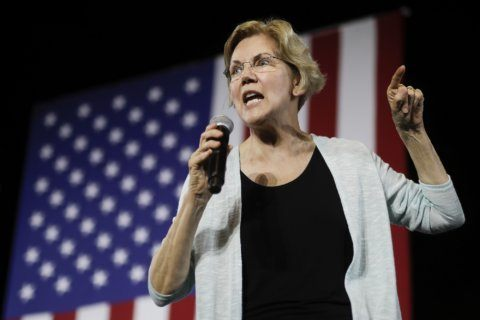 Democrats see opening on economy, resist cheering recession