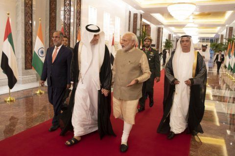 India's Modi awarded UAE medal amid Kashmir crackdown